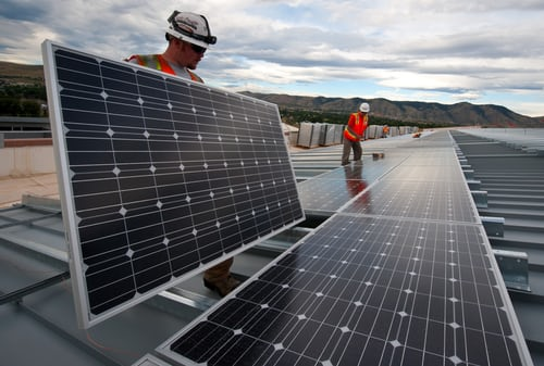 Here's What You Need to Know Before Hiring a Solar Installer